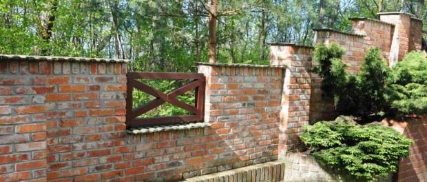 Gartenmauer und pfosten b a c k s t e i n b a u - Gartenmauer backstein ...